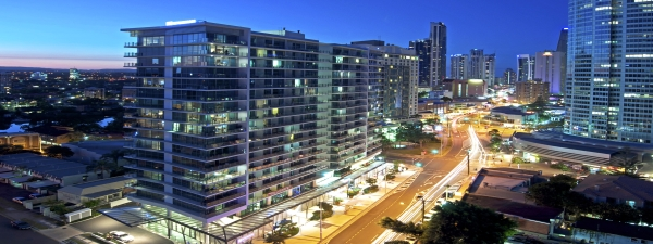 1-wyndham-surfers-paradise-south-exterior